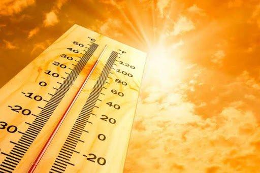 Аномальная жара и смерчи: синоптик дал прогноз на Ивана Купала