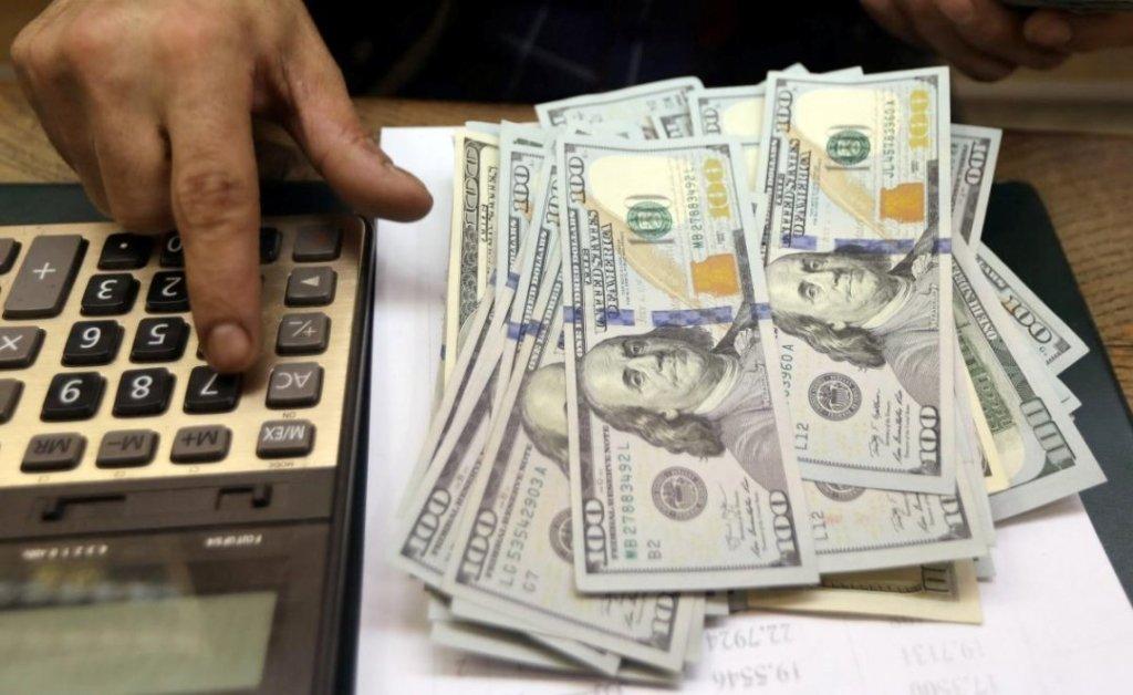 Як зміниться курс долара в Україні: що кажуть експерти