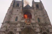 В соборі Святих Петра і Павла загасили пожежу