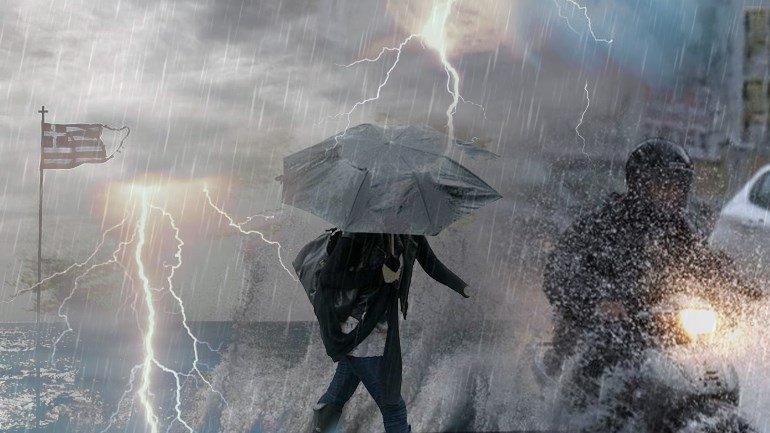 Циклон Янос в Греції: двоє людей загинули і троє зникли безвісти