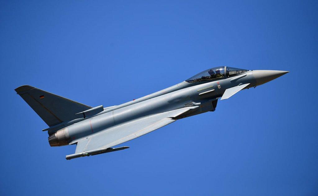 Поблизу Шотландії було помічено два російські літака – ВВС Великобританії
