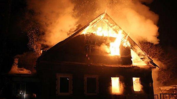 Недбале ставлення батьків: на Хмельниччині в пожежі загинуло немовля