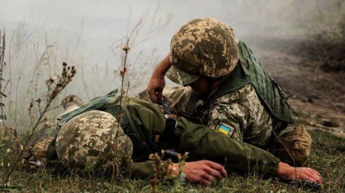 Донбас: троє військовослужбовців підірвалися на вибуховому пристрої