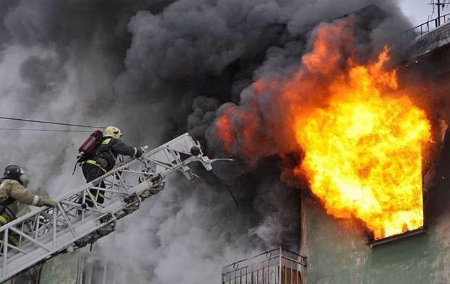 У Києві горів п'ятиповерховий будинок: є загиблі – фото