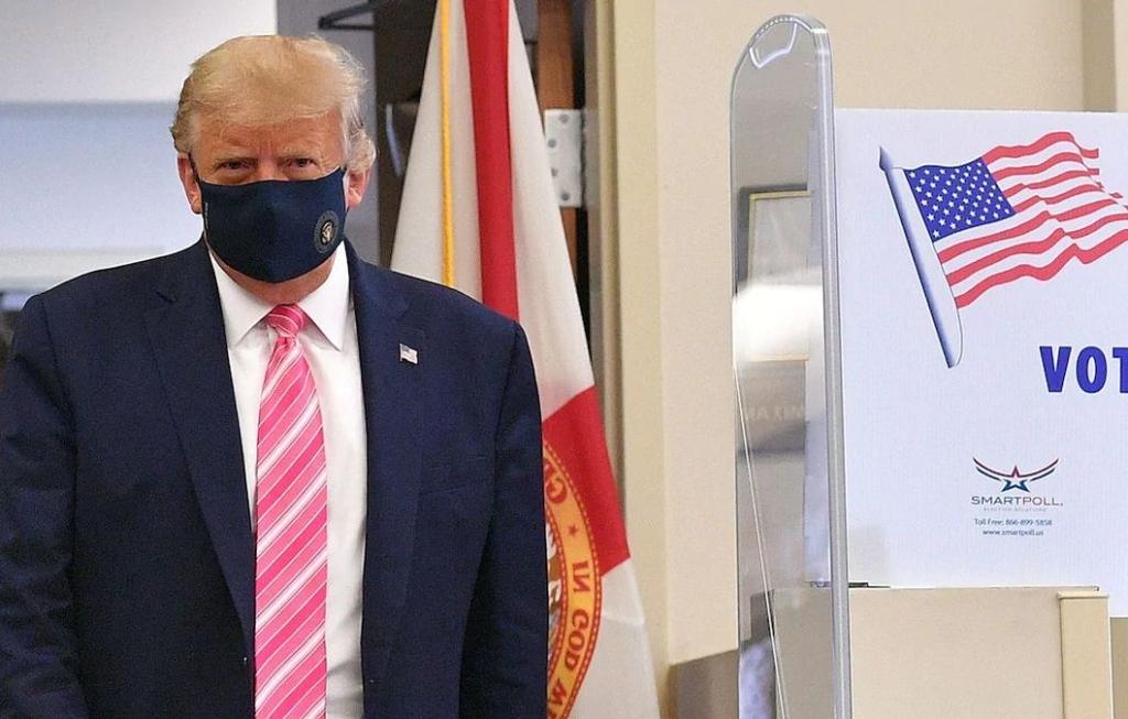 Вибори в США: Трамп віддав свій голос достроково