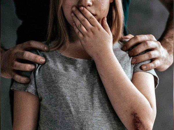 В Запорожье состоялся суд над работником ТВ за изнасилование 3-летней девочки