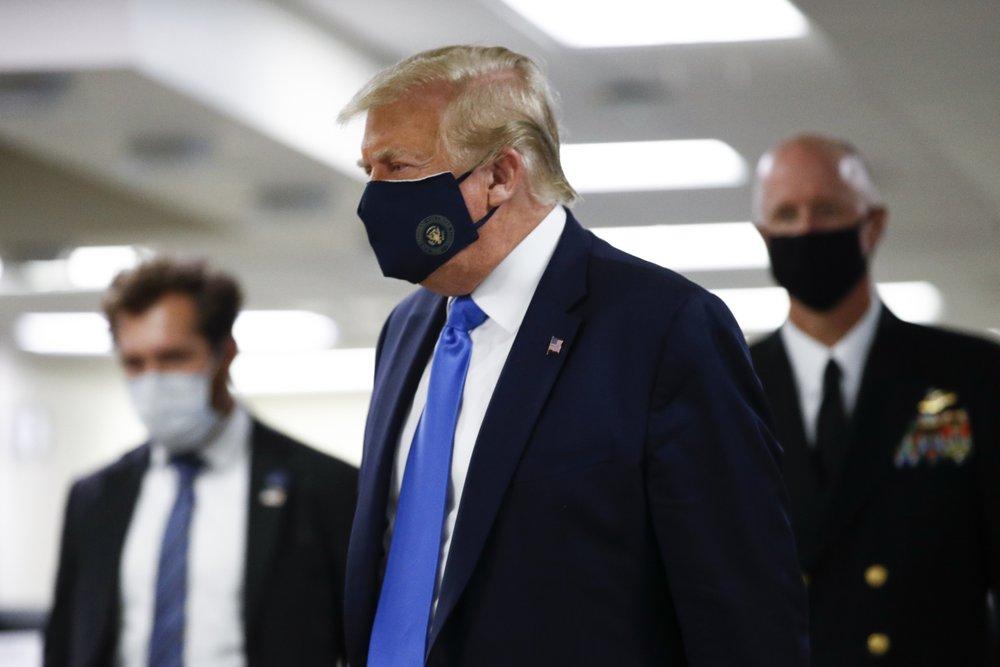 Трамп хочет стать донором плазмы крови для больных COVID-19
