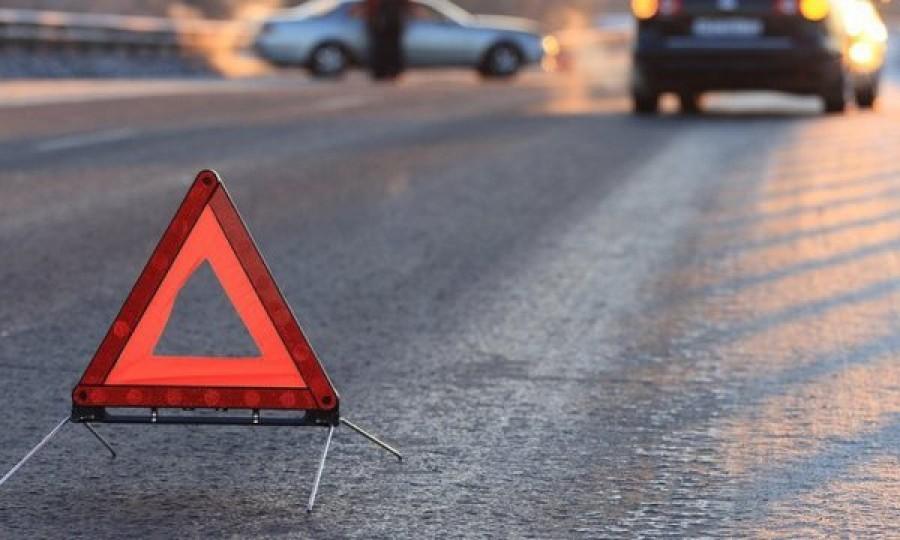 ДТП: в Хмельницкой области столкнулись две машины — есть погибшие