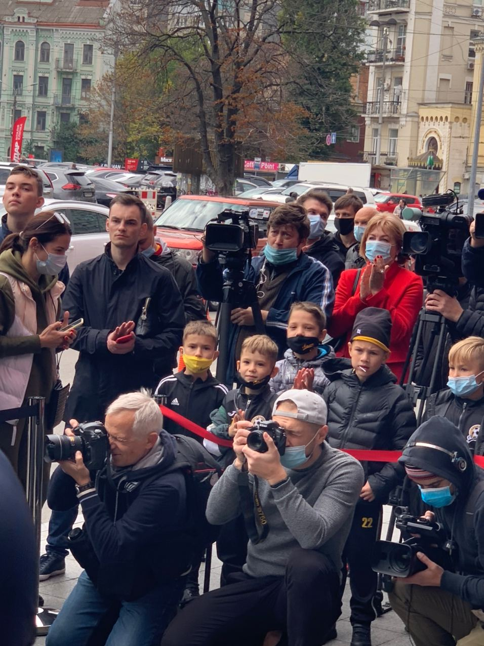 Заслужений тренер України Леонід Буряк отримав іменну зірку на Алеї Зірок у Києві – фото