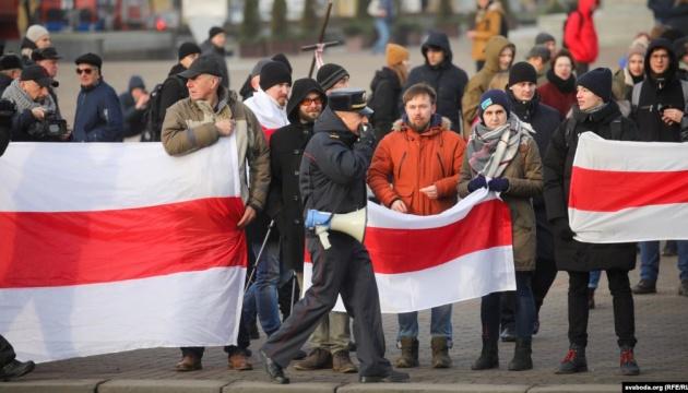 Протести в Білорусі: у місті Ліда ОМОН жорстоко розігнав мітингувальників