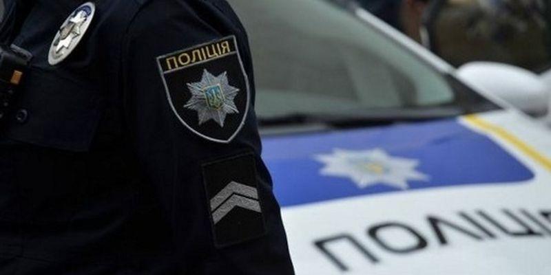 Во Львове мужчина украл прицеп с предвыборной агитацией
