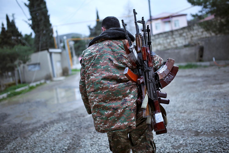 Нагорный Карабах: Армения и Азербайджан заявили о нарушении перемирия