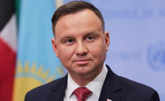 Президент Польщі захворів на COVID-19