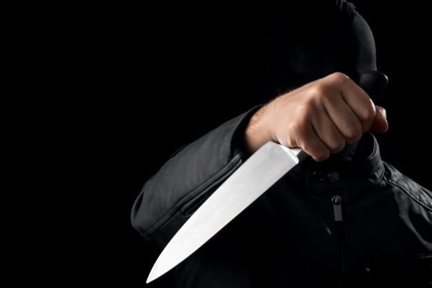 В Полтаве мужчина нанес более 20 ударов ножом своей бывшей жене