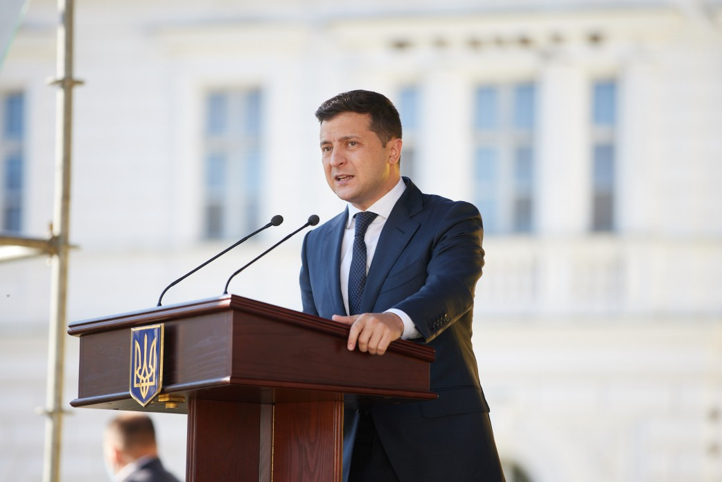Всеукраинский опрос Зеленского: назван официальный спонсор