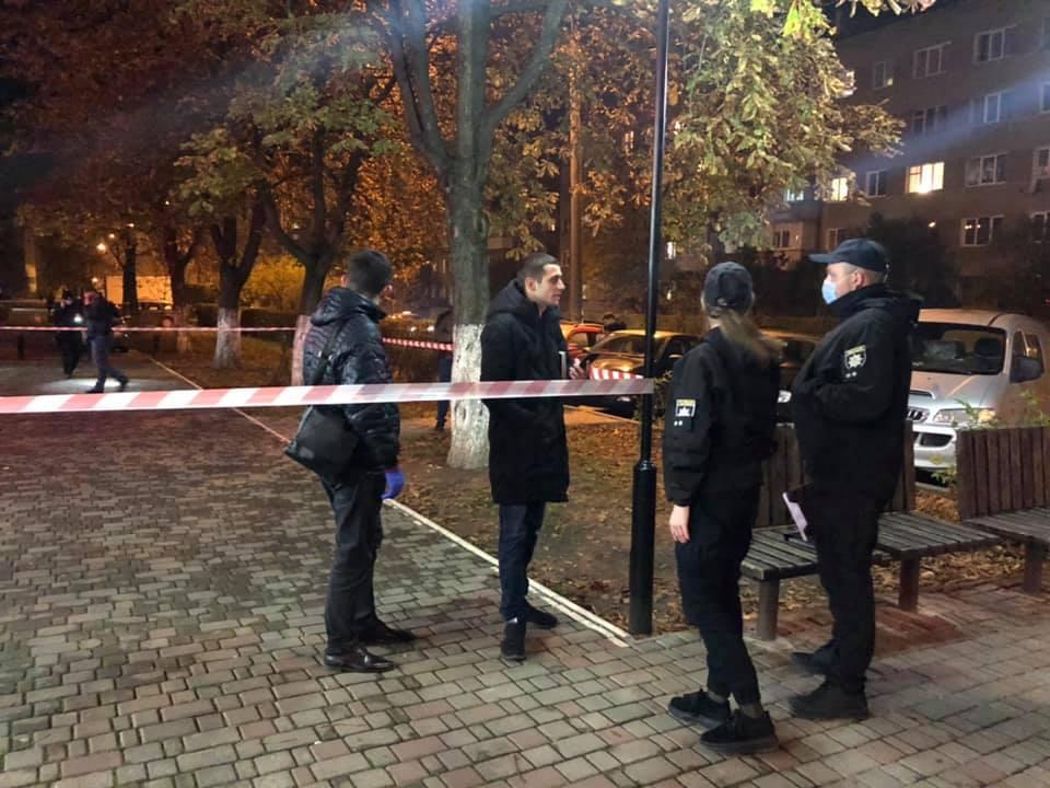 В Ивано-Франковске мужчина расстрелял прохожих: много раненых