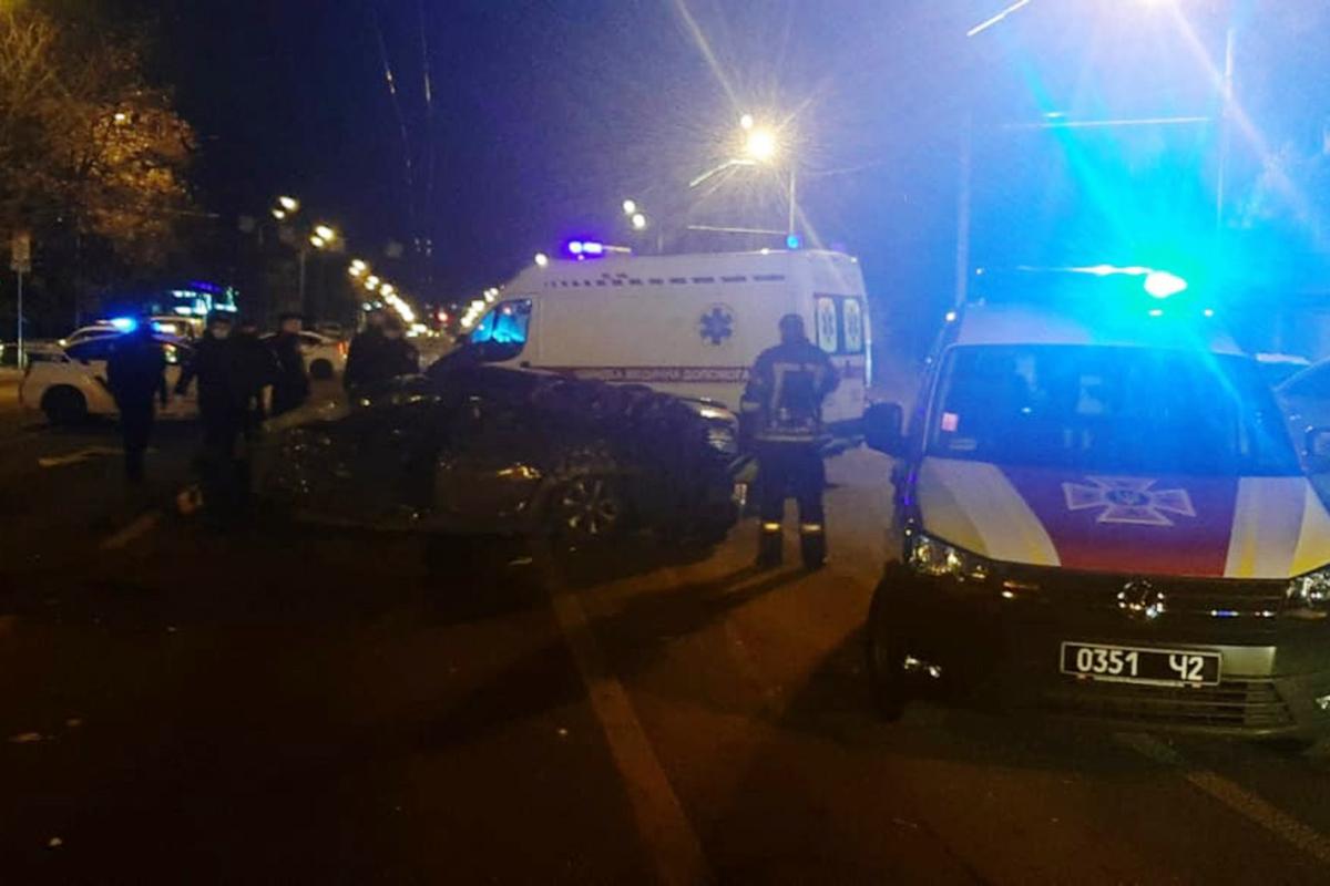 В Днепре произошло смертельное ДТП с 5 машинами: момент аварии попал на камеру