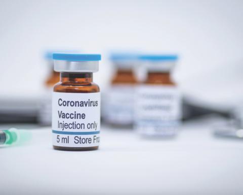 США помогут Украине получить вакцину от коронавируса