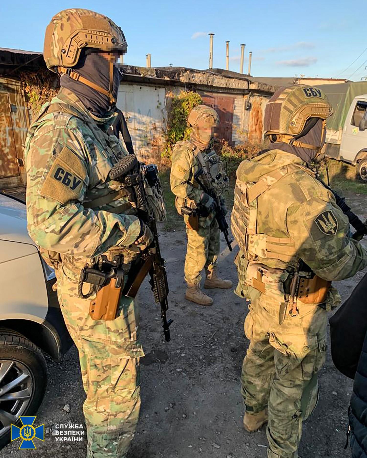 Український чиновник попався на продажу запчастин для військової техніки в РФ