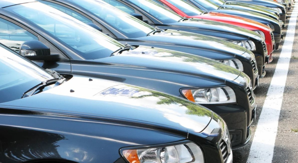 Нові штрафи та обов'язковий техогляд: що чекає на українських водіїв у 2021