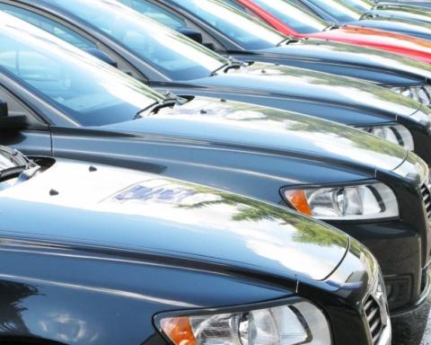 Налог на машину хотят повысить: кому и сколько придется платить