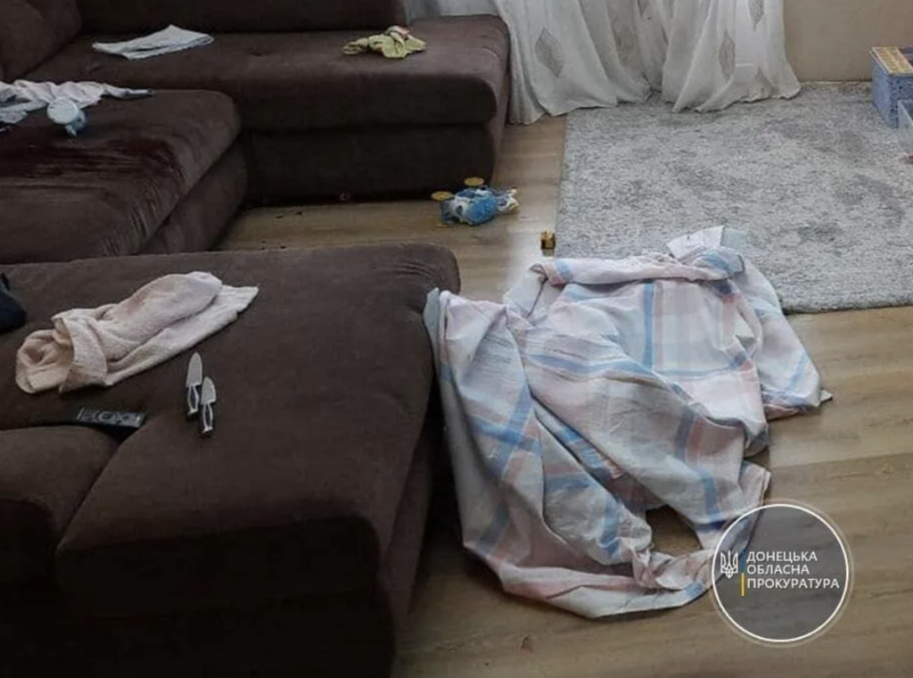 На Донбассе мужчина зарезал трехлетнюю дочь: детали трагедии