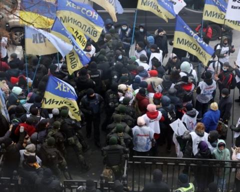 В ходе протеста предпринимателей под Радой произошли столкновения