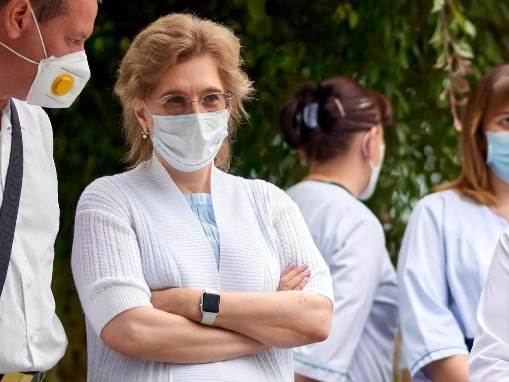 Ведущий инфекционист Украины госпитализирована с COVID-19: подробности