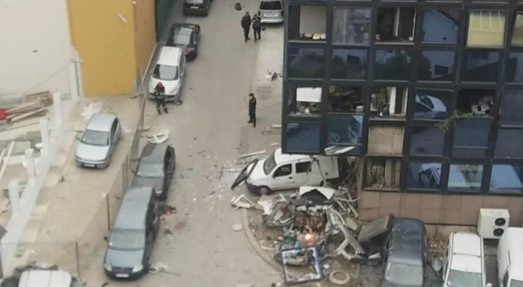 У центрі Белграда прогримів вибух, загинула людина – фото, відео