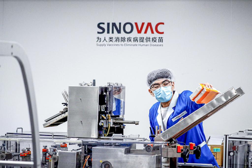 Степанов пояснил, почему Украина закупила именно китайскую вакцину от Sinovac