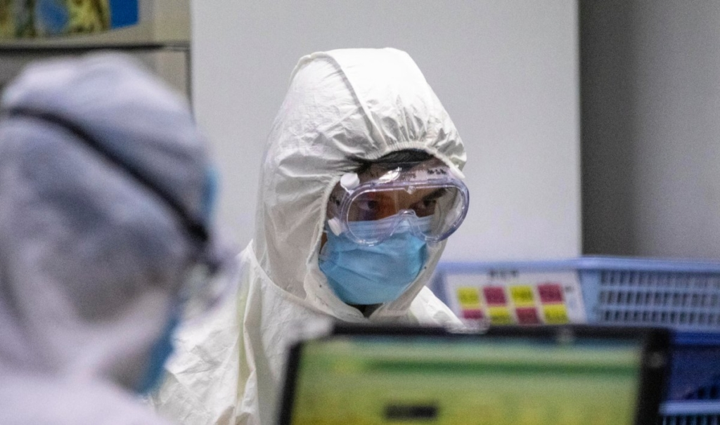 ВООЗ скликає екстрене засідання комітету через більш небезпечні мутації коронавірусу