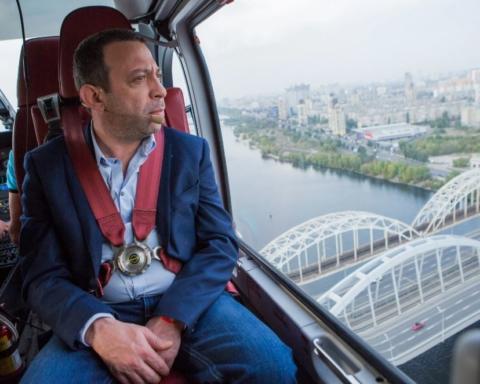 У ДТП розбився син політика і бізнесмена Корбана: перші кадри з місця аварії