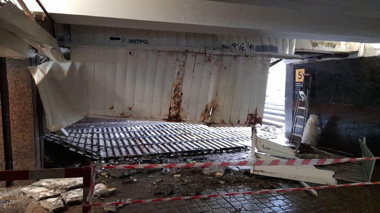 У підземному переході під Майданом Незалежності в Києві впала стеля