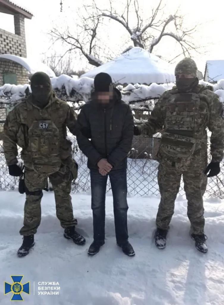 """СБУ затримали небезпечного розвідника """"ЛНР"""": подробиці і фото"""