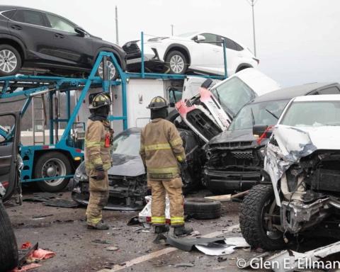 У США сталася велика автокатастрофа: зіткнулися 133 авто, 6 людей загинули