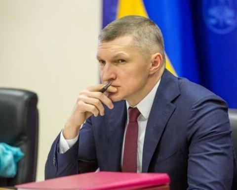 Війна за посаду головного податківця. Бамбізов замовив конкурентів на Легітимному і Резиденті
