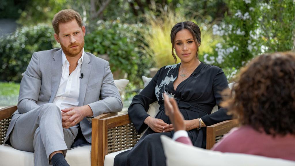 """""""Спогади можуть розходитися"""": королівська родина відреагувала на інтерв'ю Меган Маркл і принца Гаррі"""