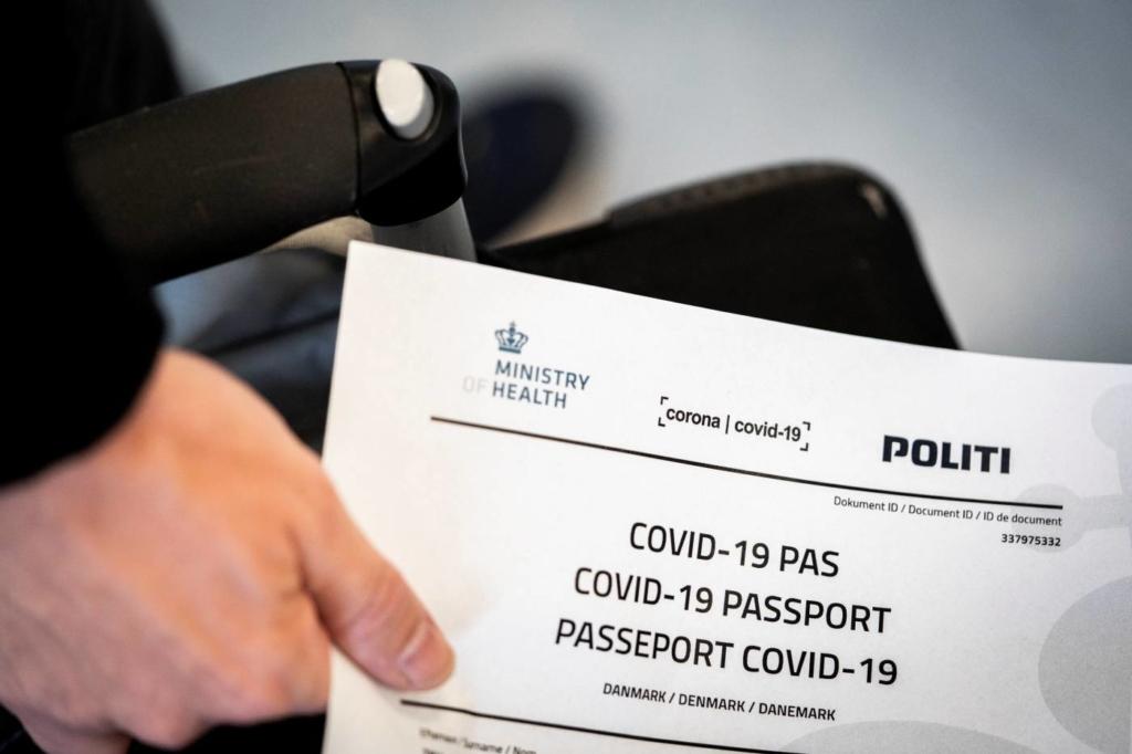 В Европе одобрили COVID-сертификат: первые подробности