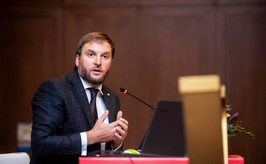 Псевдодослідження і неприкритий лобізм: як Сергій Куюн відпрацьовує «зарплату» від ОККО