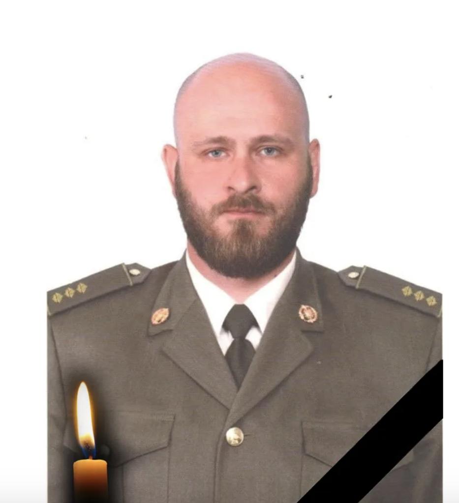Названі імена двох загиблих на Донбасі бійців ЗСУ: фото героїв