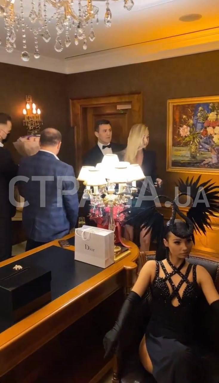 Нардепам закон не писаний: Тищенко закотив вечірку в ресторані в розпал локдауну