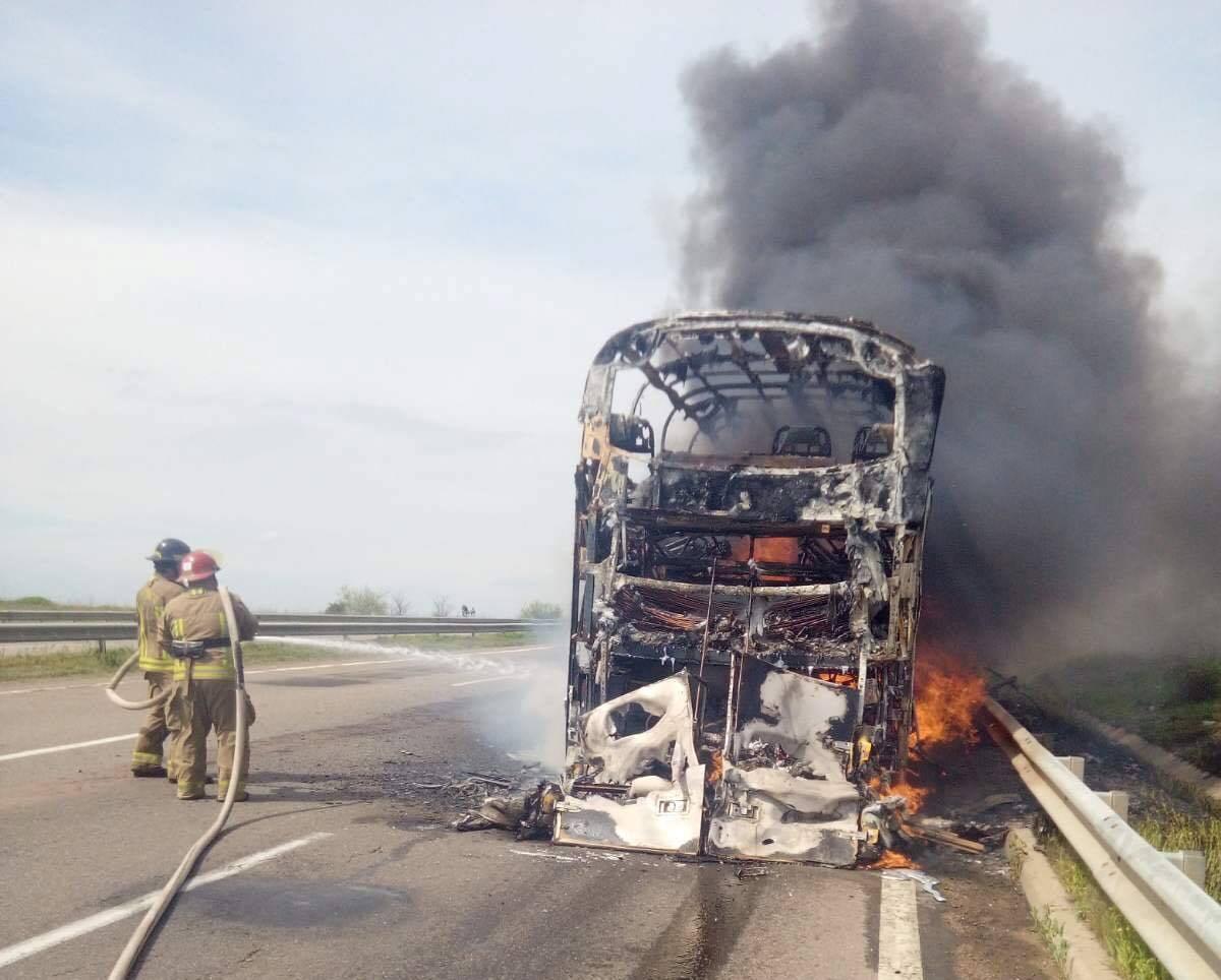 На трассе «Киев-Одесса» сгорел пассажирскийавтобус