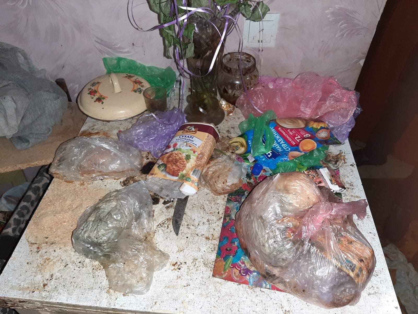 В Одесі врятували дітей, які жили у моторошній квартирі та просили їжу через кватирку