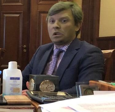 Колишній заступник Черновецького Анатолій Голубченко рейдерить приватний бізнес