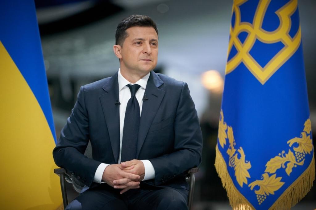Зеленський знову пообіцяв подвійне громадянство в Україні, але не всім