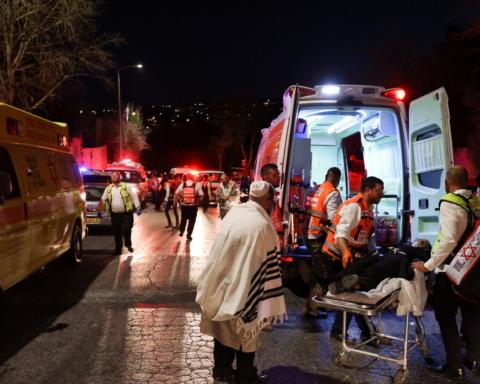 В ізраїльській синагозі звалилася трибуна з людьми: постраждали сотні людей, є загиблі