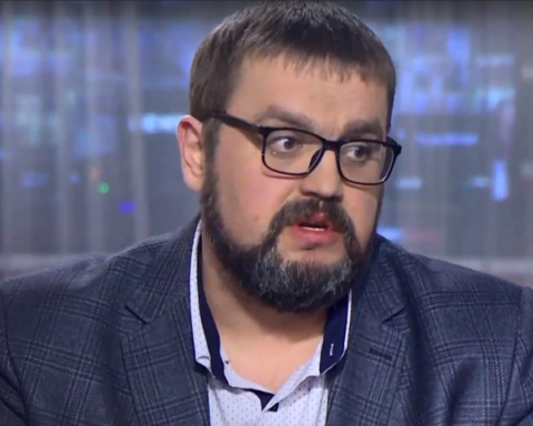 Неоднозначна політика української влади зіграє з нею злий жарт, – експерт про тиск на Медведчука