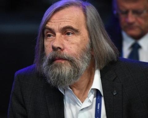 Погребинский: Зеленский использовал все неконституционные инструменты для того, чтобы ограничить возможности оппозиции
