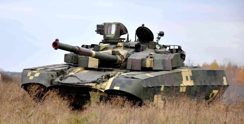 Українські танкісти провели масштабні навчання в Херсонській області