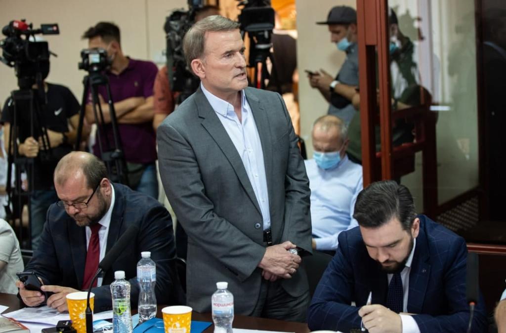 Медведчук в суде в очередной раз доказал свое мужество в то время, как Зеленский трусливо прячется за высокими заборами
